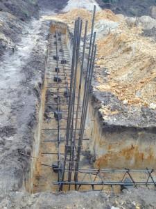 Budowa domów naźle przygotowanych ławach fundamentowych jest niezgodna zesztuką budowlaną.